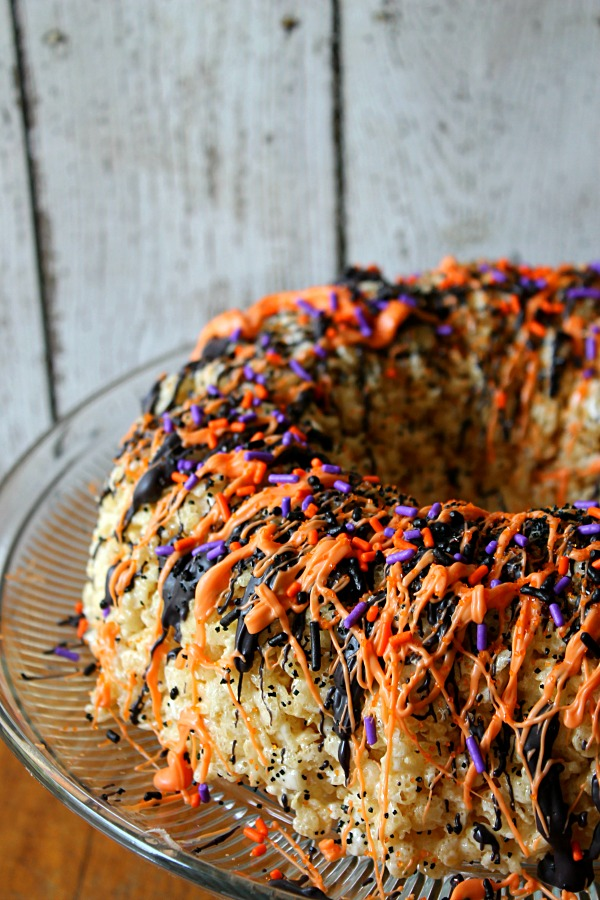 Halloween Rice Crispy Cake 1