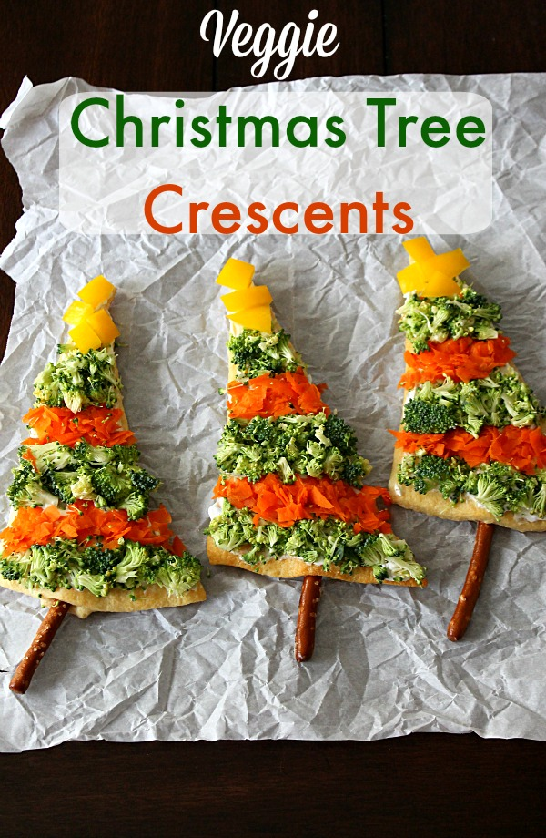Veggie Christmas Cheese Crescents