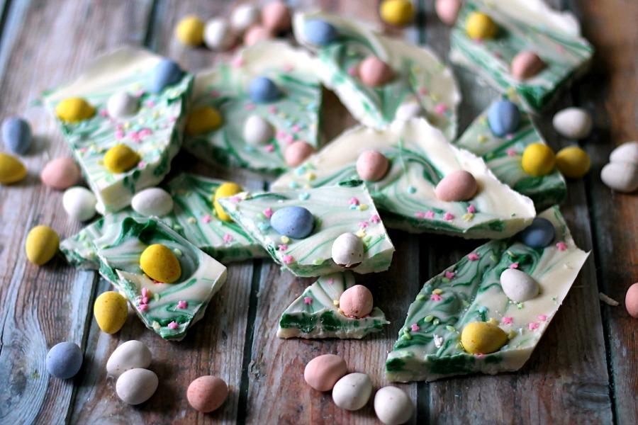 Easter Egg Bark, so easy to make!