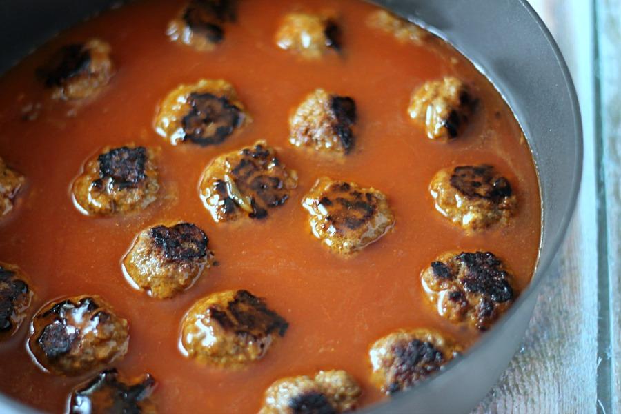 Meatballs in Enchilada Sauce