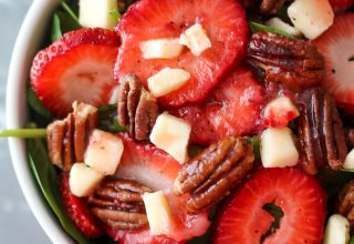 Strawberry Spinach Salad, yum!!