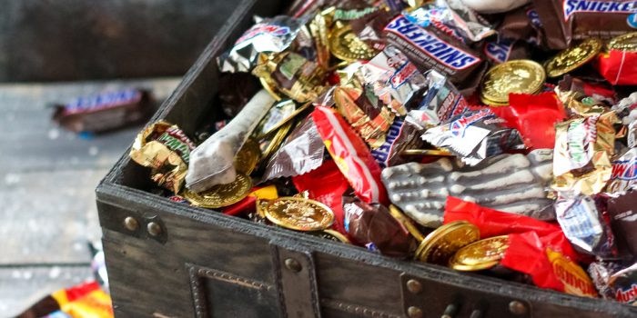 Haunted Pirates Treasure Chest Of Candy