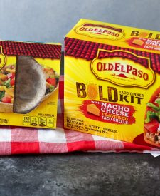 Old El Paso, Whole Wheat Tortilla Taco Boats and Old El Paso, Bold Taco Dinner Kit with Nacho Cheese Tacos (1 of 1)